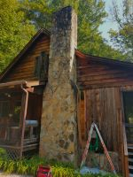 b_200_200_16777215_00_images_files_Honey_Bee_Removal_from_Log_Cabin_McCaysville_1.jpg